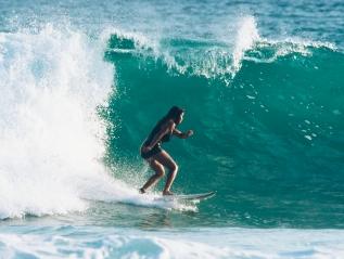 Surfing – SriLanka